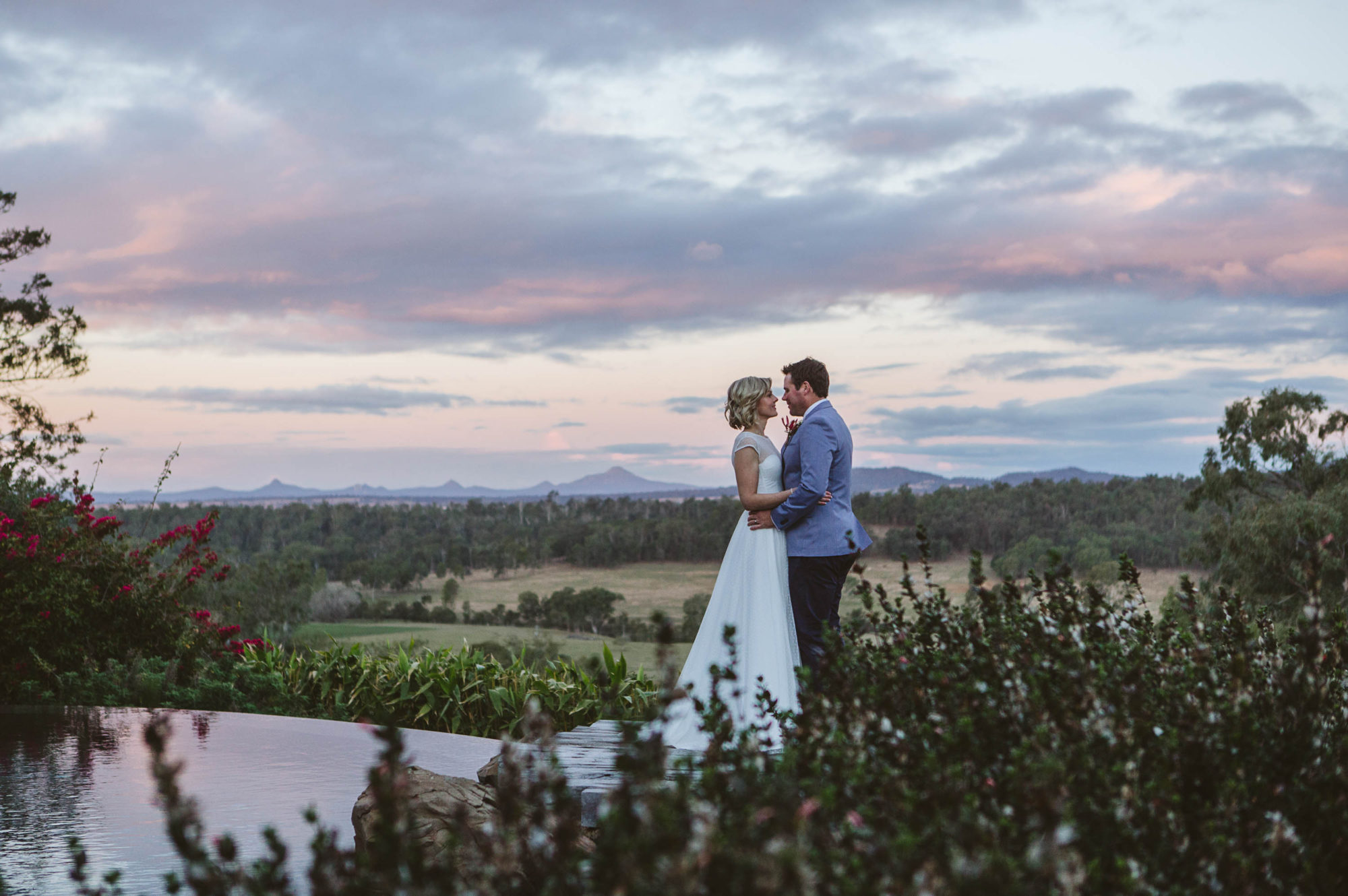Bride and Groom Spicers Hidden Vale
