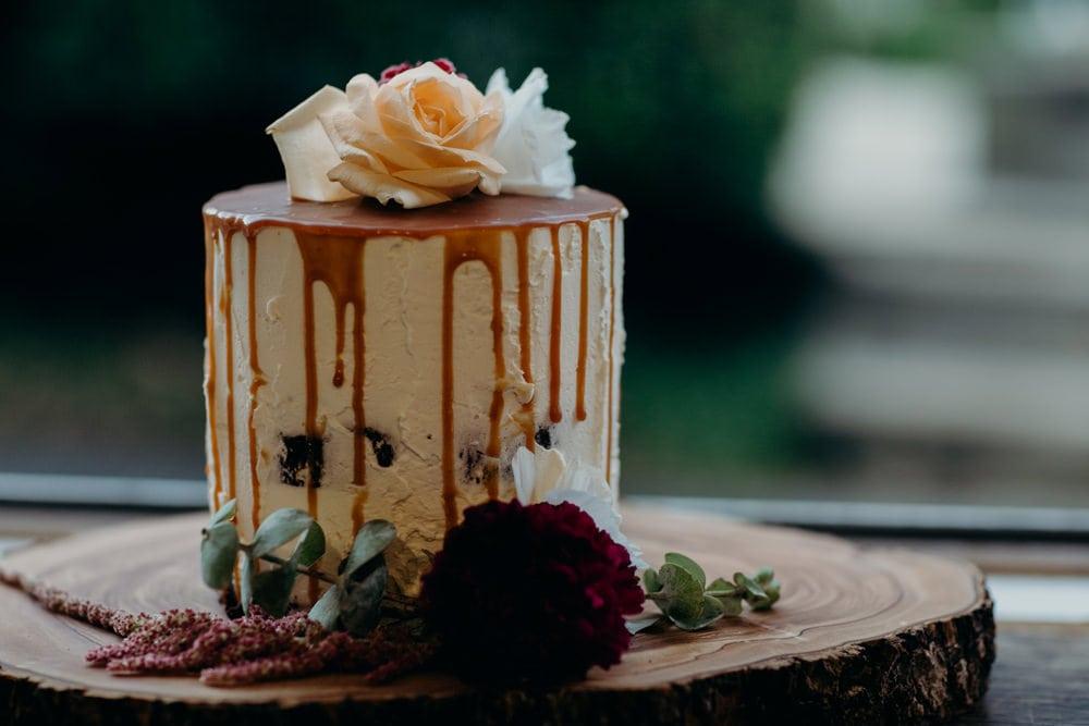Harvest Newrybar Wedding Cake details by Cloud Catcher Studio